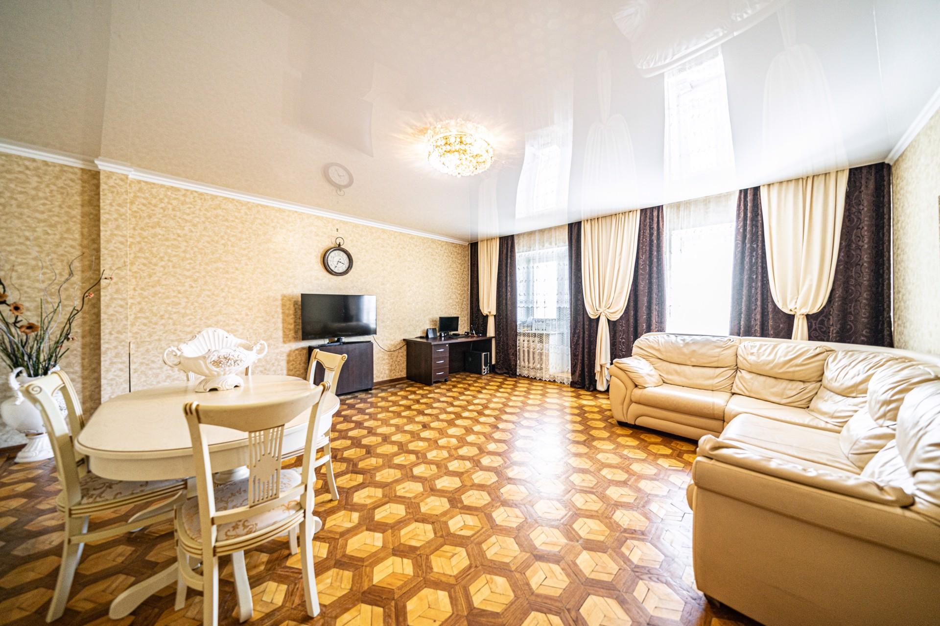 Продажа 3-к квартиры, Липецк, Коммунальная улица, 10, 110 м², 5600000 ₽
