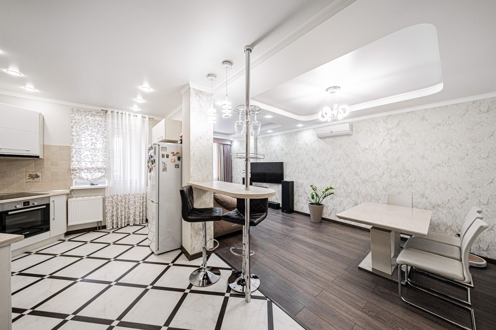 Продажа 2-к квартиры, Липецк, улица Стаханова, 59, 75 м², 6200000 ₽